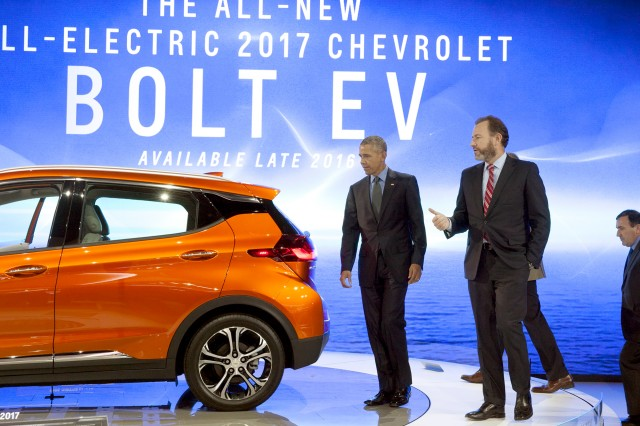 Obama_and_the_Chevy_Bolt.jpg